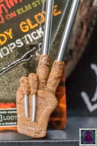 Freddy Glove Chopsticks (2)