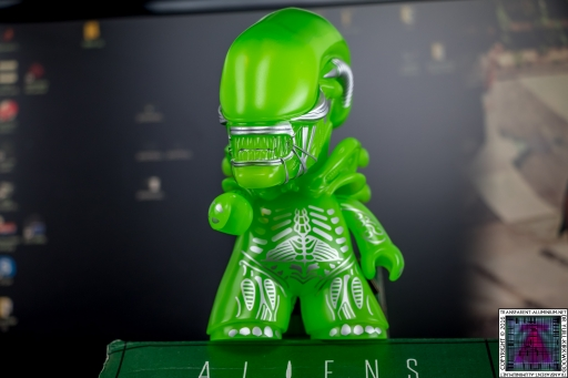 Aliens Xenomorph Varient Figure (2)