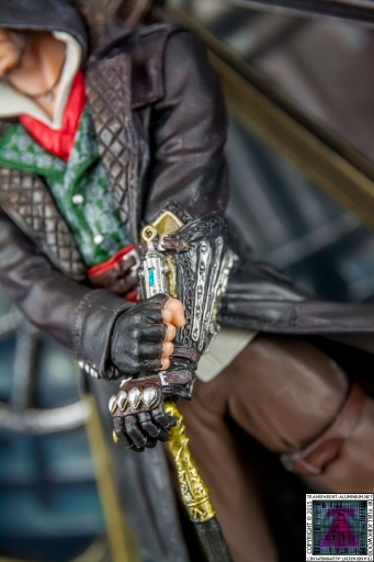 Assassin's Creed Syndicate Jacob Machinery Figurine (4).jpg