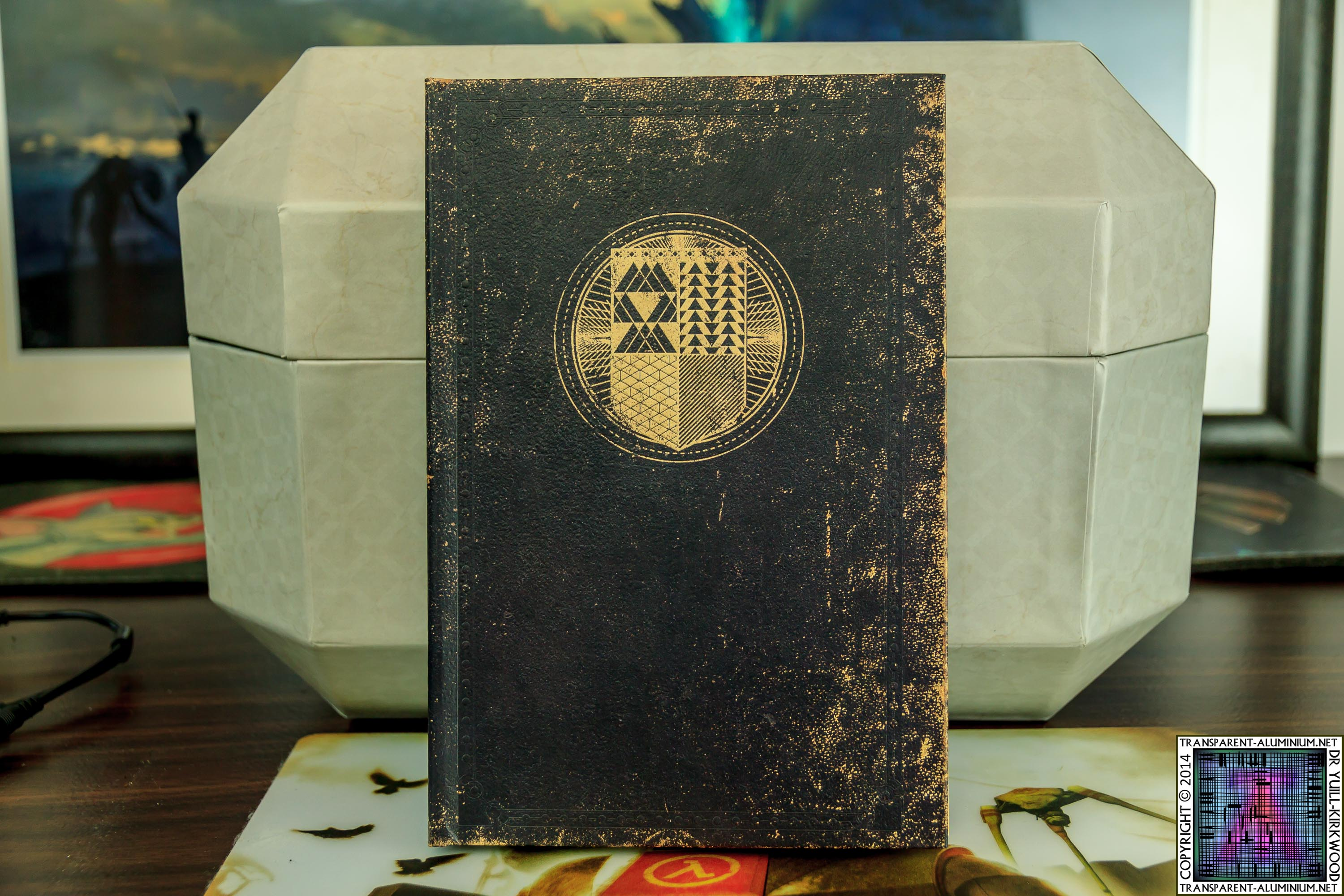 Destiny-Ghost-Edition-Book-1