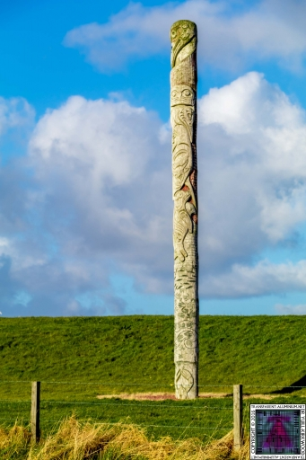First Nations and Orcadian Totem pole (1)