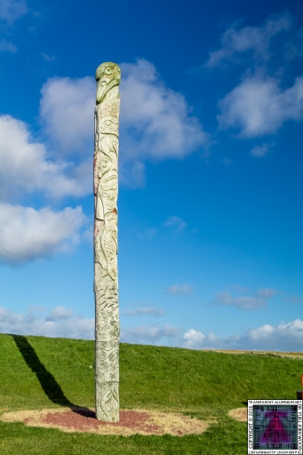 First Nations and Orcadian Totem pole (2)