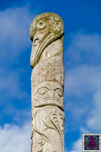 First Nations and Orcadian Totem pole (3)