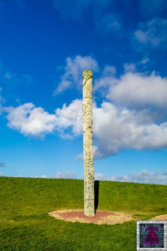 First Nations and Orcadian Totem pole (8)