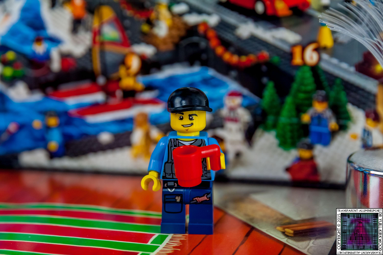 LEGO City Advent Calendar 2015 - Day 01 (2)
