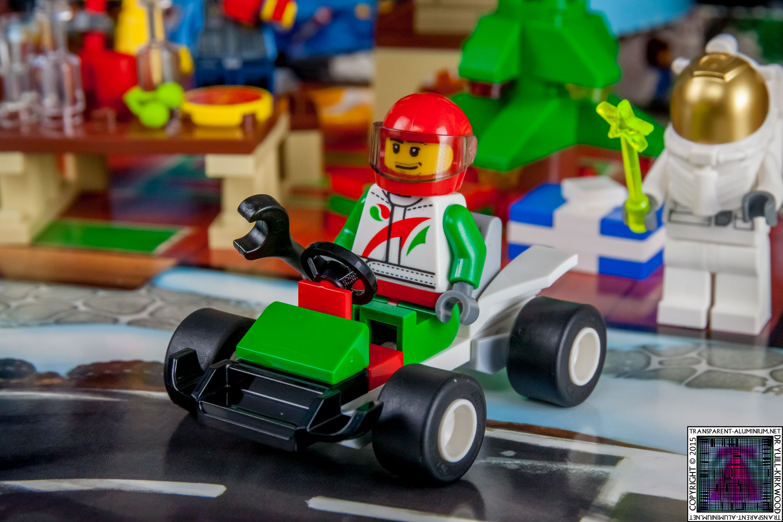 LEGO City Advent Calendar 2015 - Day 17 (1)