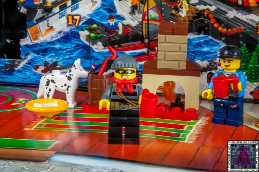 LEGO City Advent Calendar 2015 - Day 06 (1)