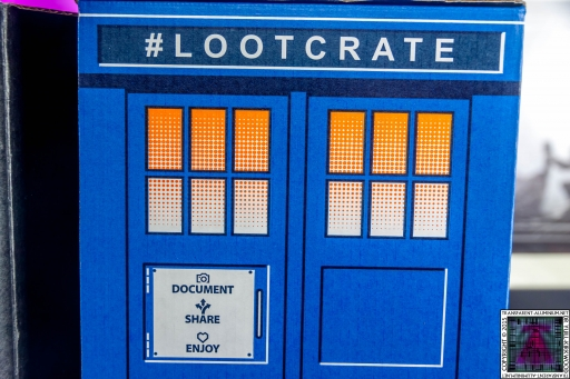 Loot Crate - Doctor Who Limited Edition TARDIS Box Art (7)