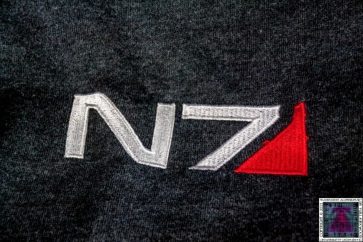 Mass Effect N7 Armor Stripe Hoodie (1)