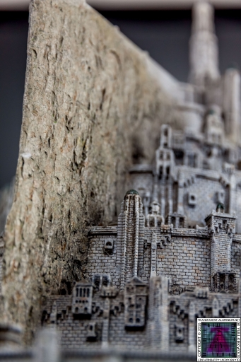 Minas Tirith The Great Citadel Of Gondor Weta (21)