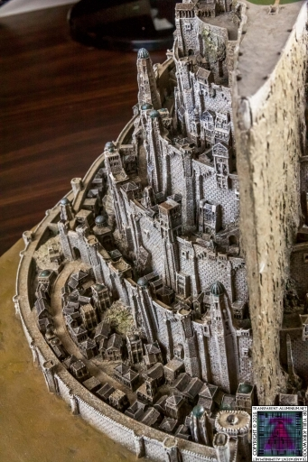 Minas Tirith The Great Citadel Of Gondor Weta (26)