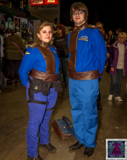Comic-Con Cosplay B5 Earth Alliance.jpg