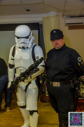Stormtrooper-and-Imperial-Officer-1
