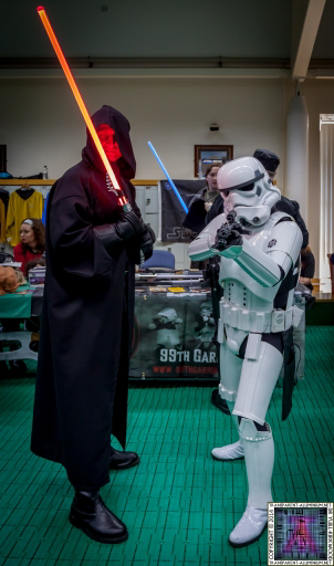 Stormtroopers and the Sith at Screen-Con 2014