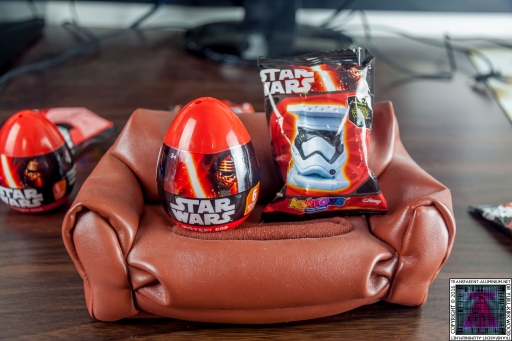 Star Wars Mystery Eggs and Blind Bags (2)