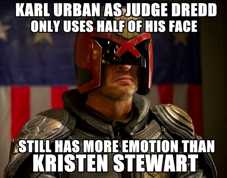 Karl Urban as Dredd only uses half of his face.