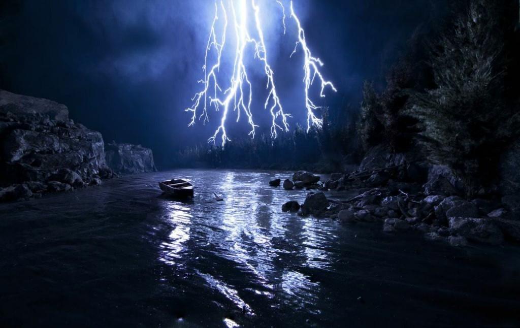 Lightning Miniature