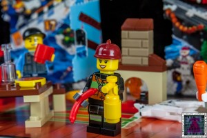 LEGO City Advent Calendar 2015 - Day 10 (2)