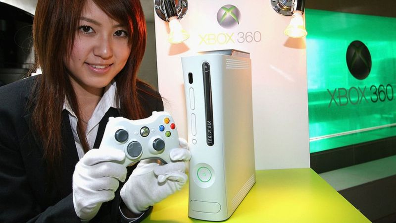 The Xbox 360 was first shown off in Japan in 2005