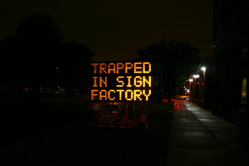 sign-hacks-factory
