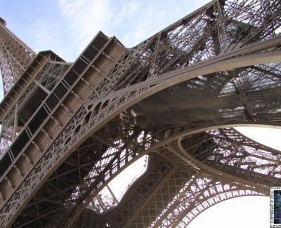 Eiffel Tower – Bace