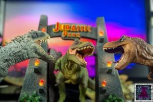 Jurassic-World-and-Jurassic-Park-Blu-ray-Collectors-editions-1.jpg