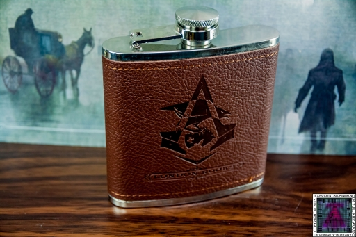 Assassin's Creed Syndicate Hip Flask (2).jpg