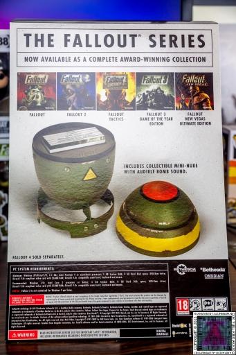 Fallout Anthology Mini Nuke Edition Box Art (4).jpg