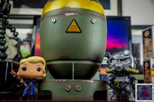 Fallout Mini Nuke Lone Wanderer Brotherhood of Steel (2).jpg
