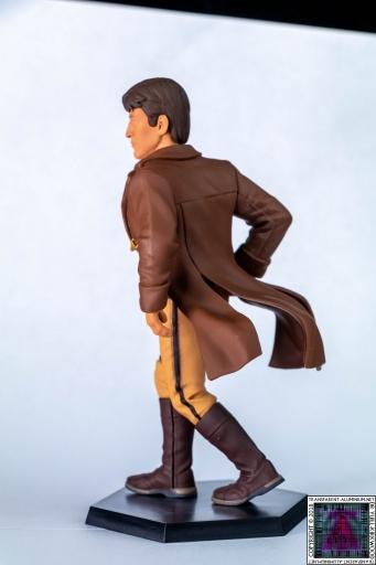 Mal Statue