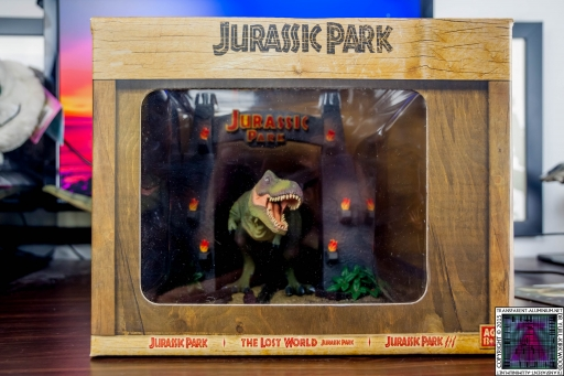 Jurassic Park Blu-ray Collector's editions Box Art.jpg