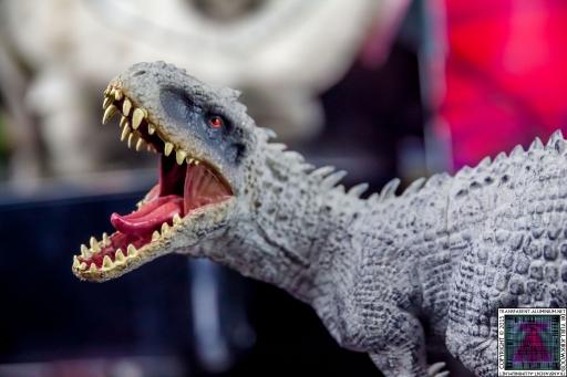 Jurassic World Blu-ray Collector's editions (8).jpg