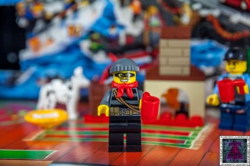 LEGO City Advent Calendar 2015 - Day 06 (2)