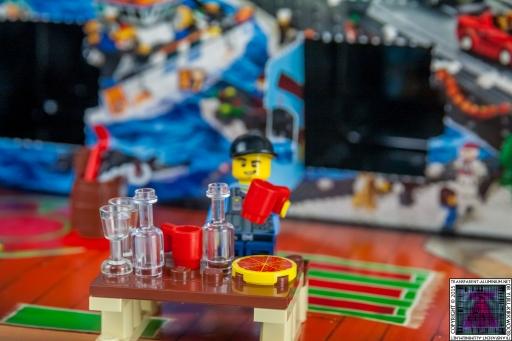 LEGO City Advent Calendar 2015 - Day 09 (2)