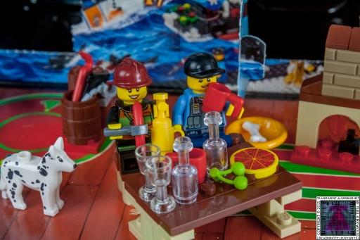 LEGO City Advent Calendar 2015 - Day 10 (3)