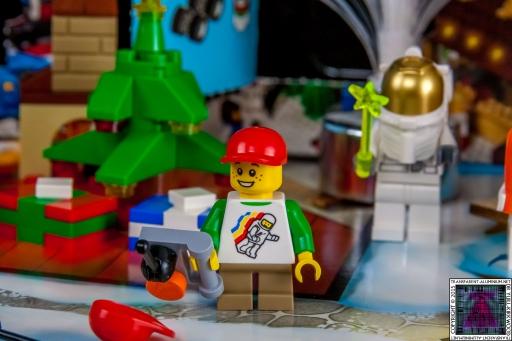 LEGO City Advent Calendar 2015 - Day 18 (1)