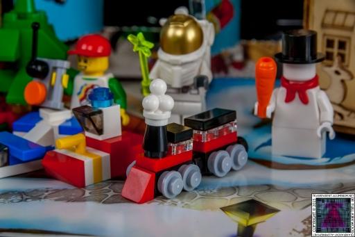 LEGO City Advent Calendar 2015 - Day 21 (2)