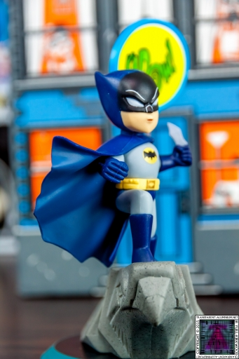 Loot Crate Batman (5).jpg