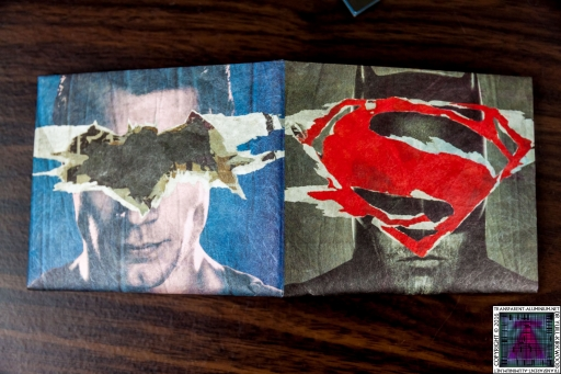 Batman-v-Superman-Dawn-of-Justice-Wallet-2