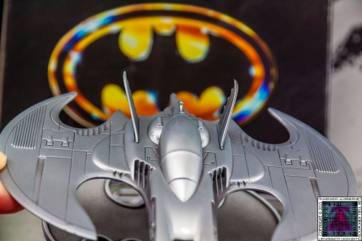Batman Batwing Metal Replica (15)