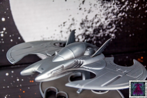 Batman Batwing Metal Replica (2)