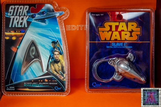 Star-Trek-and-Star-Wars-Pin-and-Key-Ring