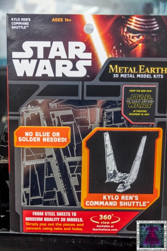 Kylo Ren Command Shuttle 3D Metal Model Kit (2)