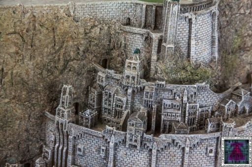 Minas Tirith The Great Citadel Of Gondor Weta (14)