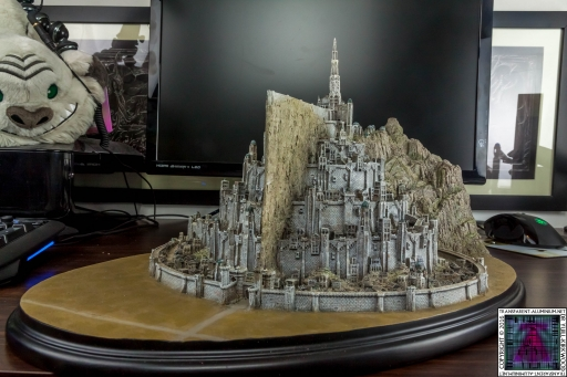 Minas Tirith The Great Citadel Of Gondor Weta (17)