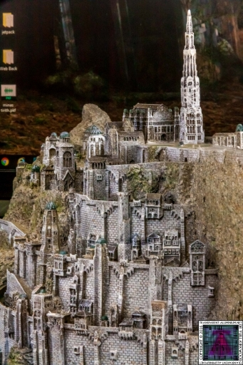 Minas Tirith The Great Citadel Of Gondor Weta (2)