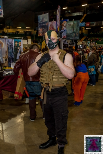 Comic-Con Cosplay Bane.jpg