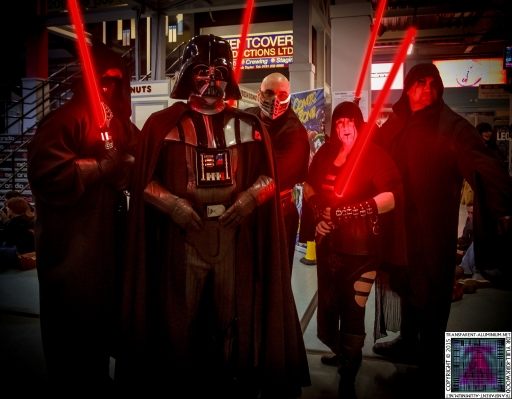 Comic-Con Cosplay Darth Vader and his Sith (1).jpg
