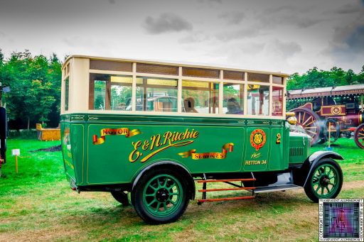 Pickering-Traction-Engine-Rally-2014-Vans-and-Trucks-11
