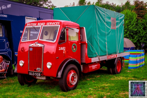 Pickering-Traction-Engine-Rally-2014-Vans-and-Trucks-5